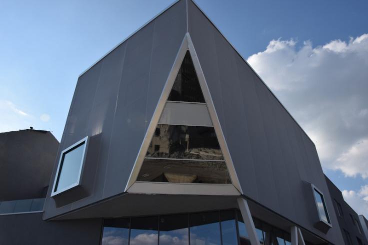 Bureaux de 4façades à louerà Liège auprix de 4.663€ - (6014938)