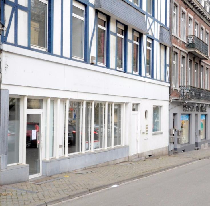 Commerce van 2gevels te huurte Spa voor18.000 € -(6051593)