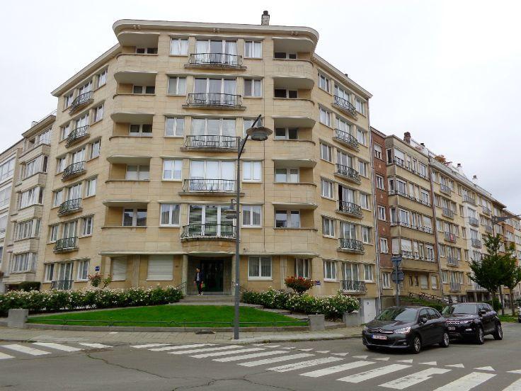 Appartement de 2façades à louerà Ixelles auprix de 1.050€ - (6053784)