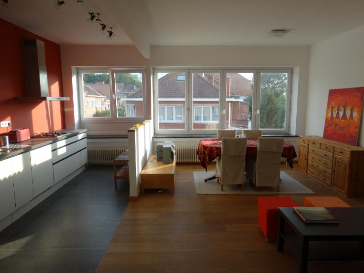 Appartement te huurte Uccle voor1.100 € -(6066701)