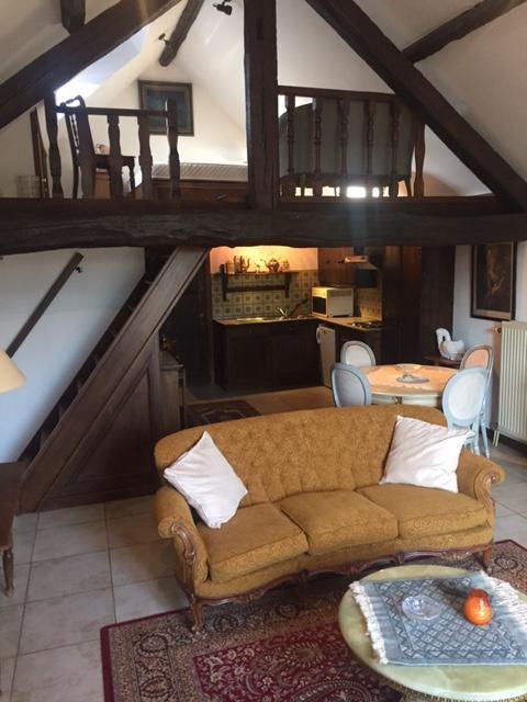 Duplex à louerà St-Trond auprix de 550€ - (6086389)