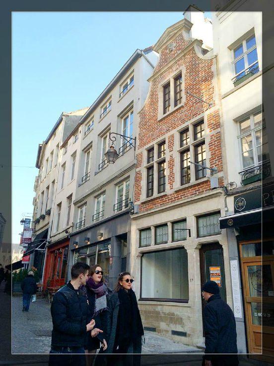 Commerce de 1façade à louerà Bruxelles villeau prix de22.800 € -(6117549)