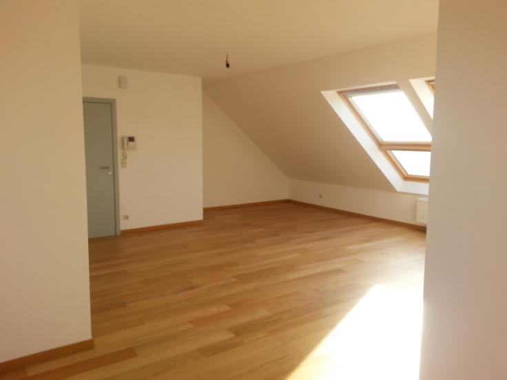 Penthouse van 2gevels te huurte Gembloux voor750 € -(6121586)