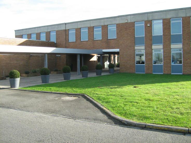 Bureaux van 4gevels te huurte Seneffe voor81.000 € -(6148279)