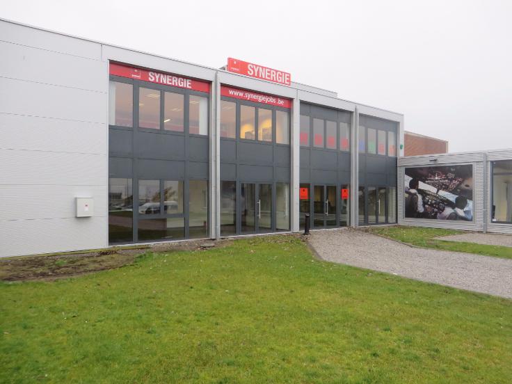 Immeuble mixte van1 gevel tehuur te Gosseliesvoor 19.920 €- (6173112)