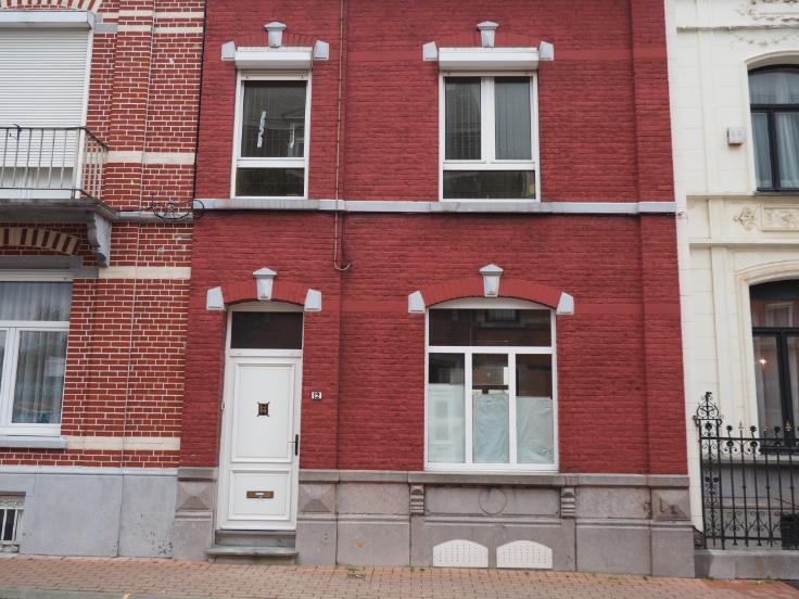 Maison de 2façades à louerà Manage auprix de 690€ - (6200043)