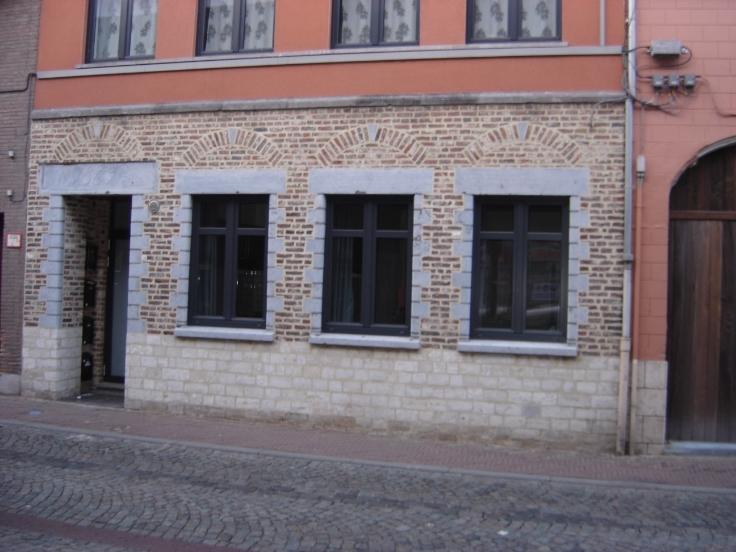 Rez-de-chaussée van 2gevels te huurte St-Trond voor500 € -(6200229)
