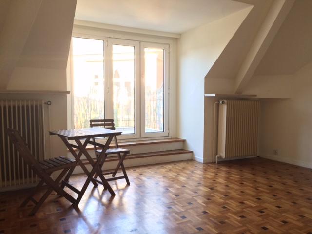 Flat/Studio van 3gevels te huurte Woluwe-St-Pierre voor560 € -(6231108)