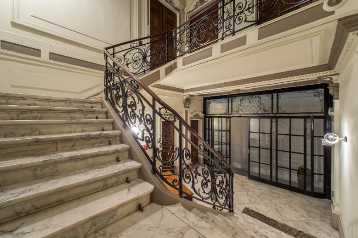 Immeuble de bureauxvan 2 gevelste huur teLiège voor 24.000€ - (6269916)