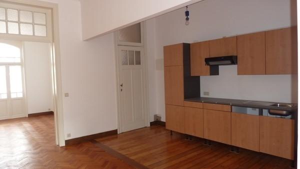 Appartement van 2gevels te huurte St-Gilles voor695 € -(6271610)