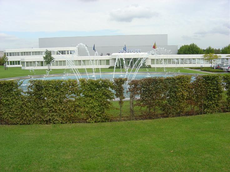 Industrieel gebouw tehuur te Jumetvoor 274.630 €- (6283684)