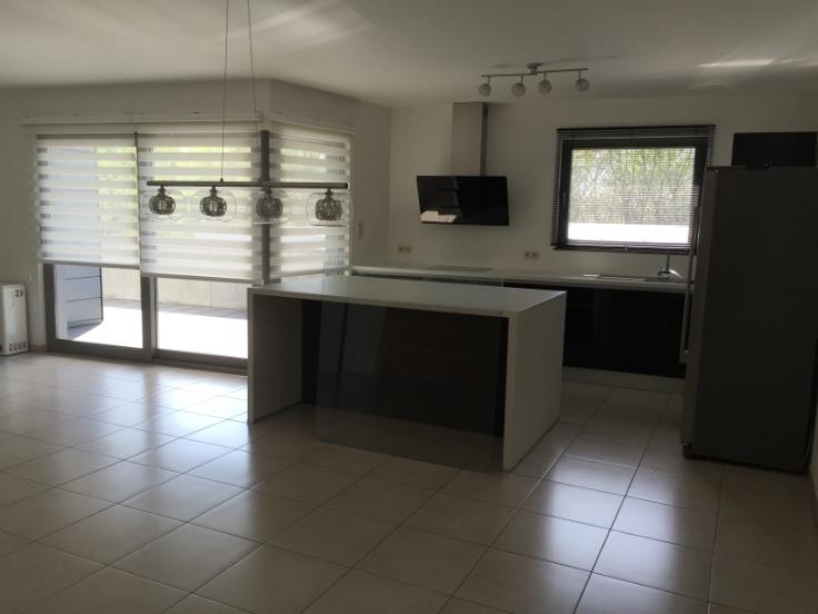 Appartement de 4façades à louerà Neuville-en-Condroz auprix de 690€ - (6283959)