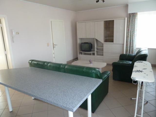 appartement louer woluwe st etienne location cp 1932. Black Bedroom Furniture Sets. Home Design Ideas