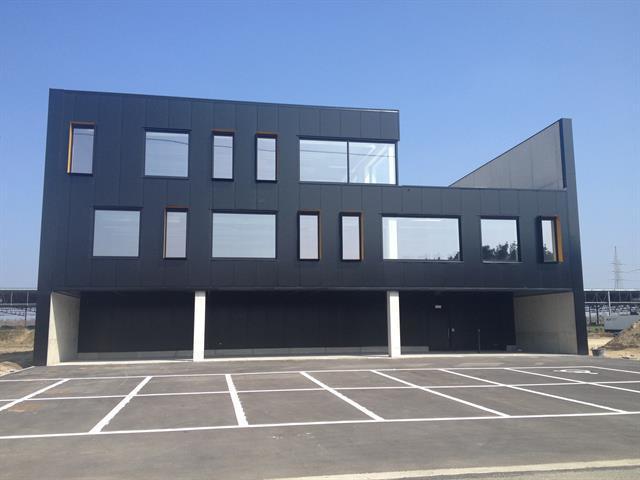 Immeuble de bureauxte huur teBilzen voor 1.500€ - (6336286)