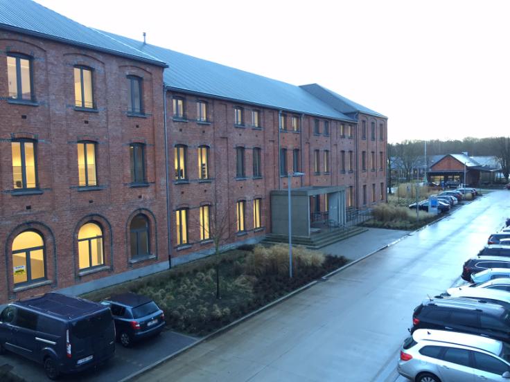 Immeuble de bureauxfor rent inBrasschaat au prixde 146.640 €- (6351172)