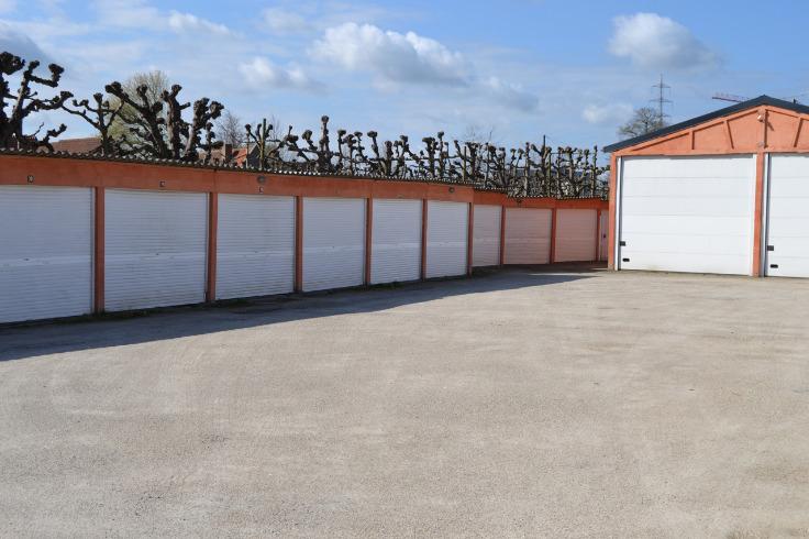 Box fermé àlouer à Brugesau prix de69 € -(6351331)