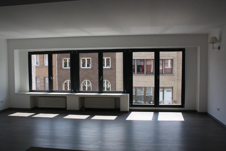Appartement de 2façades à louerà Koekelberg auprix de 910€ - (6384725)