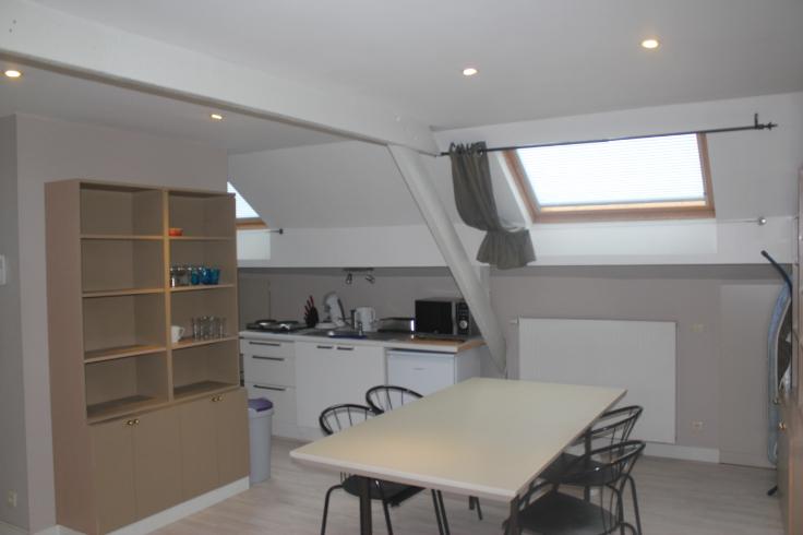 Flat/Studio van 2gevels te huurte Ixelles voor695 € -(6418414)