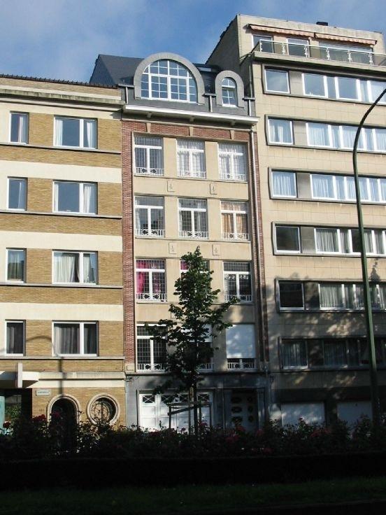 Appartement van 2gevels te huurte Woluwe-St-Lambert voor830 € -(6451671)