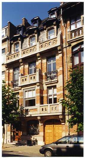 Appartement van 2gevels te huurte Schaerbeek voor900 € -(6461308)
