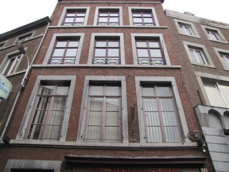 Appartement de 2façades à louerà Liège auprix de 700€ - (6463241)