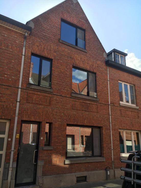 Appartement de 2façades à louerà Louvain auprix de 980€ - (6495074)