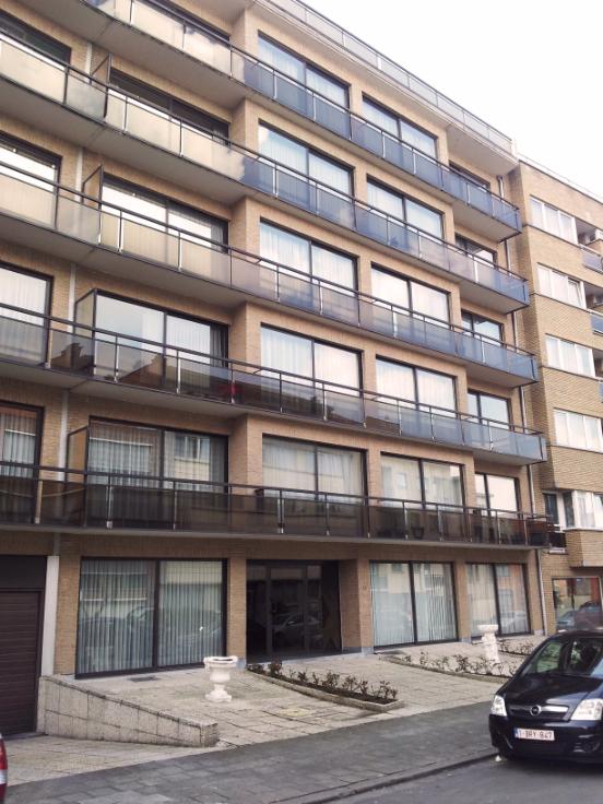 Appartement de 2façades à louerà Molenbeek-St-Jean auprix de 760€ - (6496880)