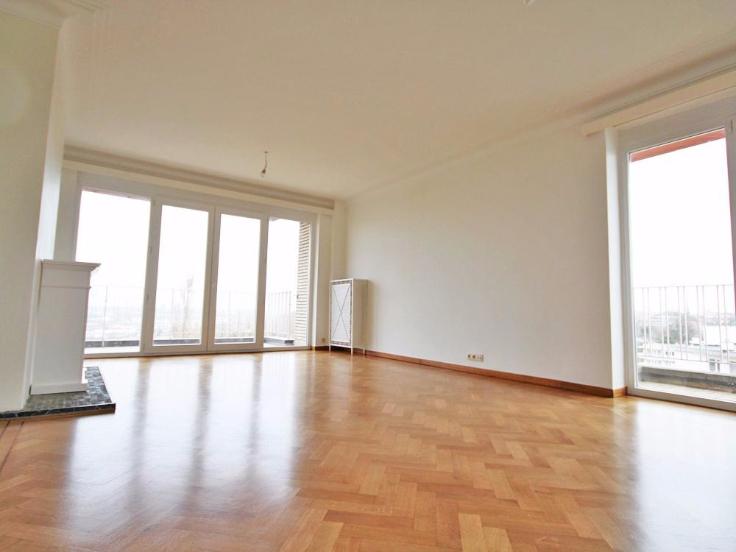 Appartement van 3gevels te huurte Forest voor980 € -(6502215)