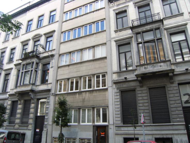 Appartement de 2façades à louerà Ixelles auprix de 1.200€ - (6514070)