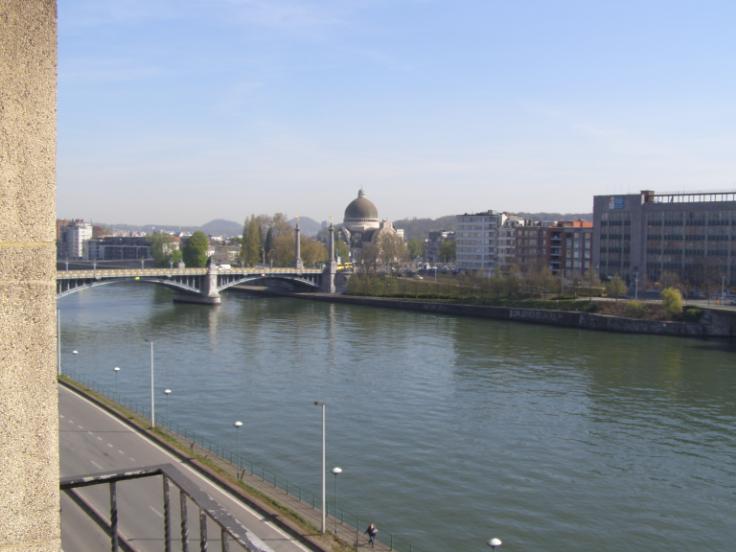 Appartement de 4façades à louerà Liège auprix de 600€ - (6515798)