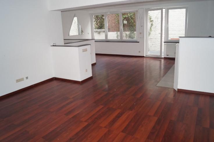 Duplex te huurte Anderlecht voor850 € -(6521599)