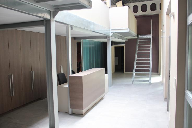 Immeuble de bureauxte huur teGeel voor 14.400€ - (6524424)