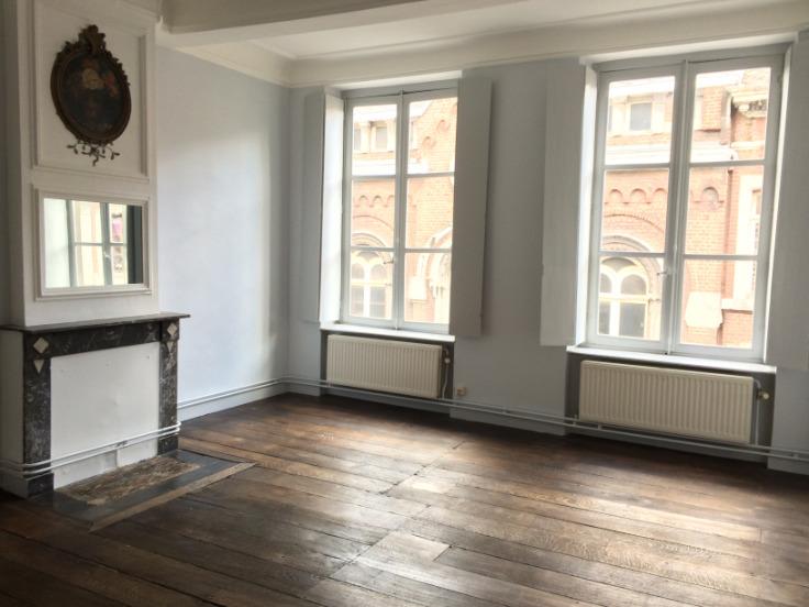 Appartement de 2façades à louerà Liège auprix de 600€ - (6543168)