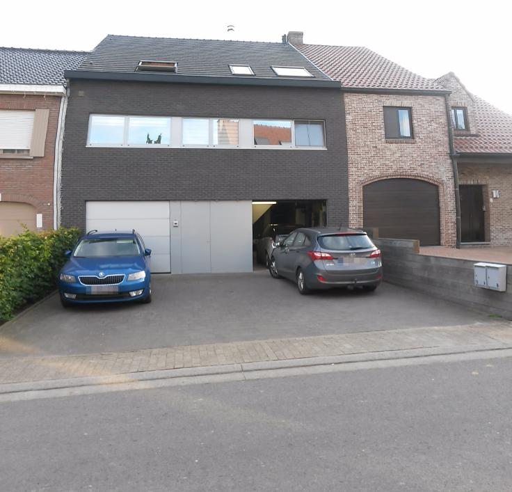 Appartement de 2façades à louerà Burst auprix de 850€ - (6543591)