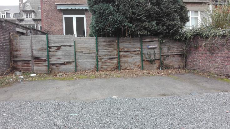 Emplacement extérieur forrent in Namurau prix de65 € -(6545553)