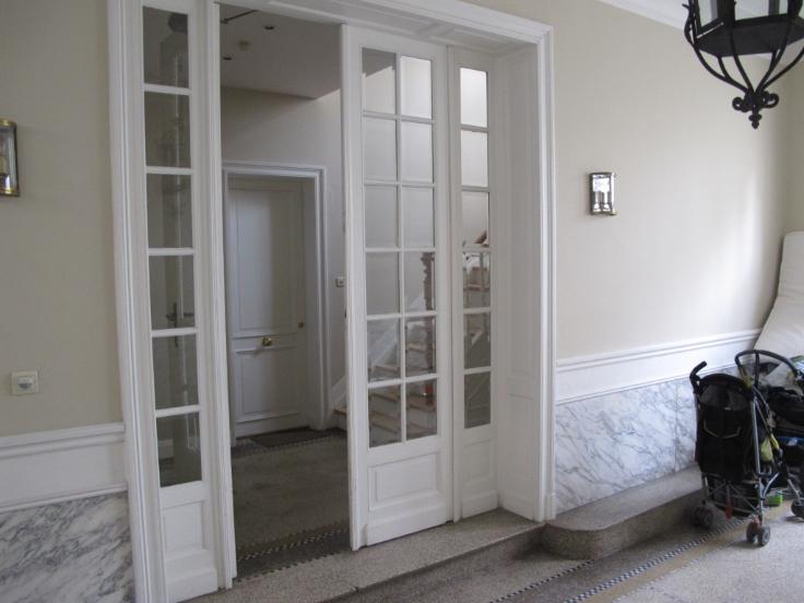 Rez-de-chaussée de 3façades à louerà Etterbeek auprix de 1.450€ - (6554247)