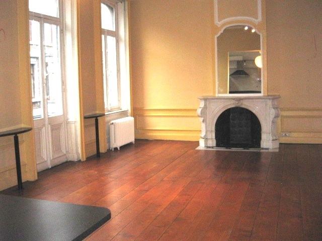 Appartement de 2façades à louerà Liège auprix de 850€ - (6554547)