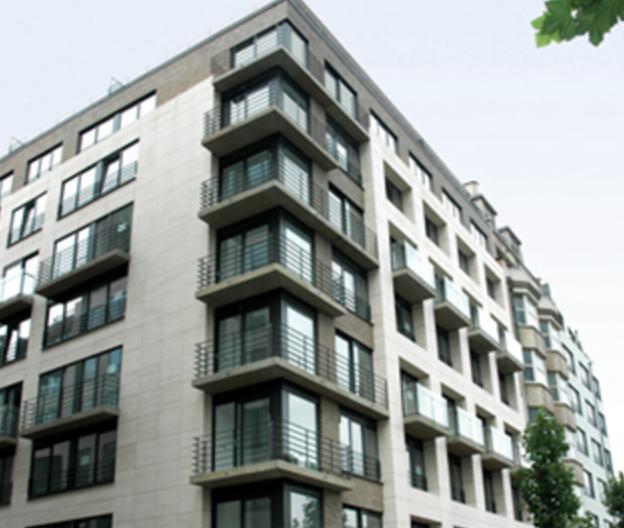 Emplacement intérieur àlouer à Brusselau prix de75 € -(6554851)