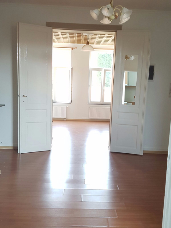 Appartement de 2façades à louerà Molenbeek-St-Jean auprix de 750€ - (6558001)