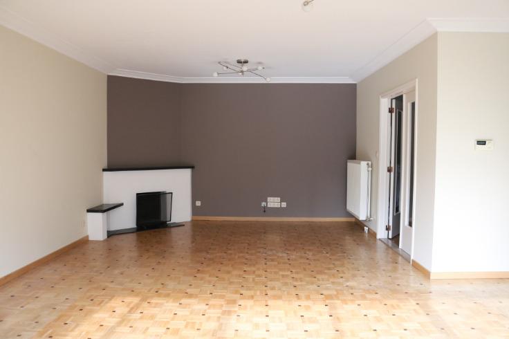 Appartement de 2façades à louerà Schaerbeek auprix de 1.050€ - (6558704)