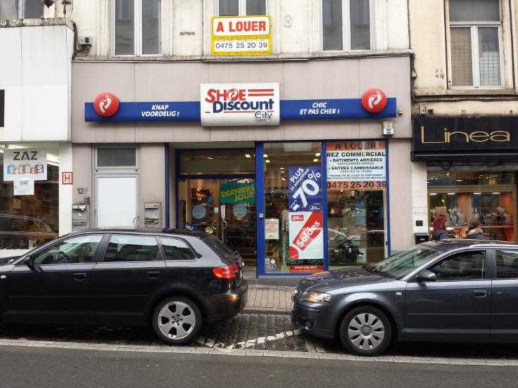 Immeuble commercial de2 façades àlouer à St-Gillesau prix de57.000 € -(6559937)