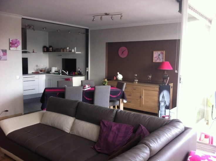 Appartement van 3gevels te huurte Charleroi voor650 € -(6563067)