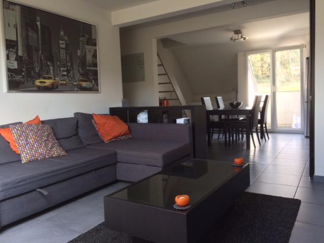 Duplex van 4gevels te huurte Lustin voor550 € -(6565109)