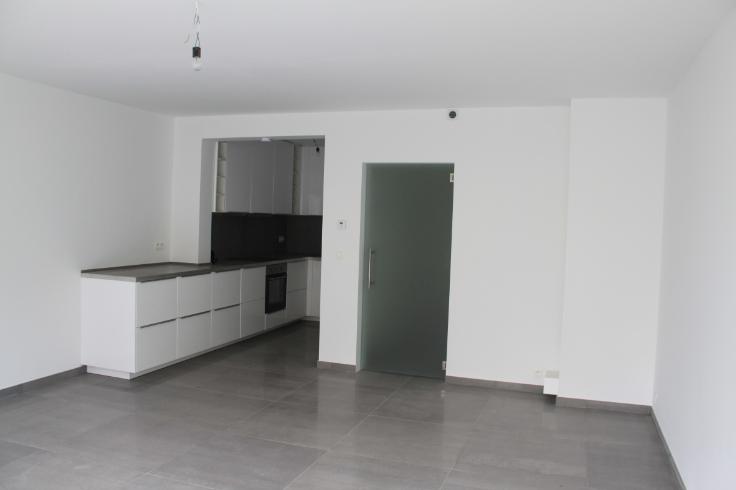 Appartement van 2gevels te huurte Auderghem voor1.100 € -(6568303)