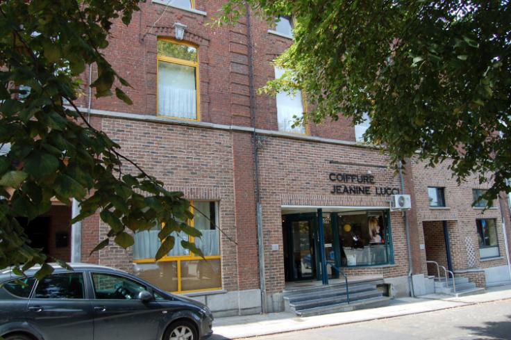 Appartement de 2façades à louerà Couillet auprix de 530€ - (6570139)