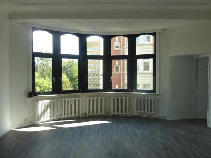 Appartement de 2façades à louerà Woluwe-St-Lambert auprix de 750€ - (6571610)