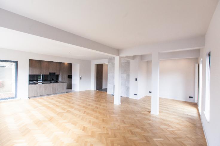 Penthouse de 3façades à louerà Ixelles auprix de 2.200€ - (6572404)