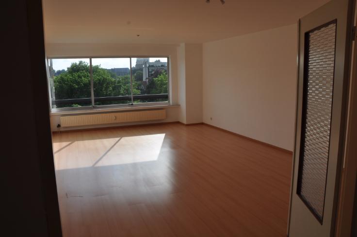 Appartement de 2façades à louerà Gand auprix de 795€ - (6573192)