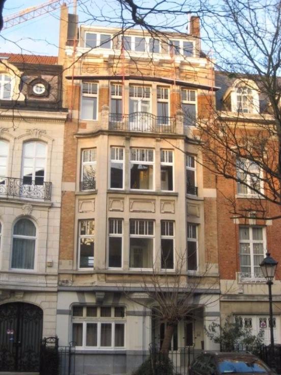 Duplex de 2façades à louerà Ixelles auprix de 1.250€ - (6576366)