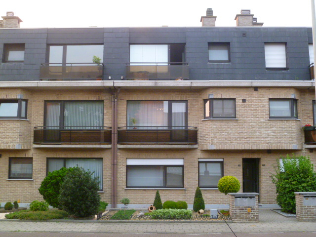 Appartement de 2façades à louerà Ekeren auprix de 730€ - (6577238)